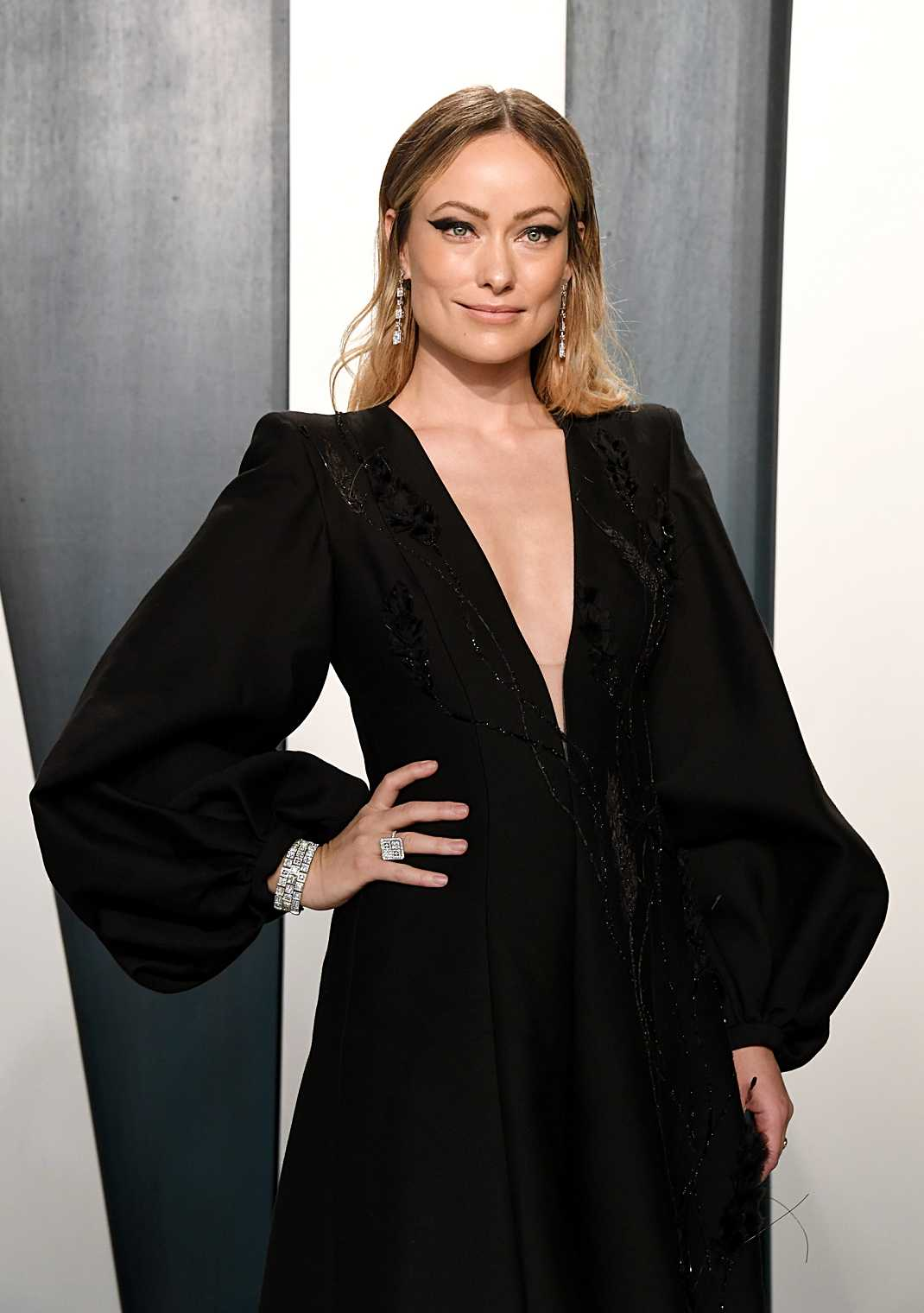 Actress And Award Winning Filmmaker Olivia Wilde Graced The 2020 Vanity Fair Oscar Party Wearing Niwaka Fine Jewelry